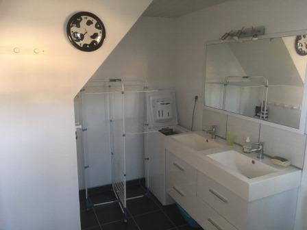 Gîte Allier - Maison du Village Caché - salle de bain