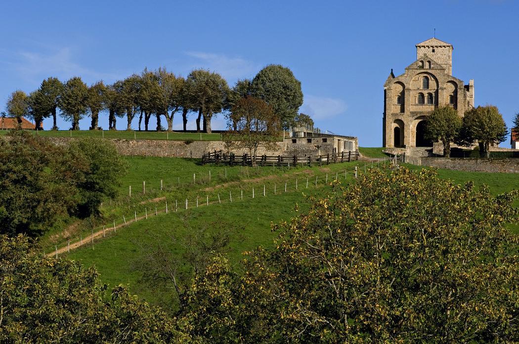 Gite Allier La Maison du Village Caché au coeur de l'Auvergne